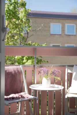 Balkong i fint solläge